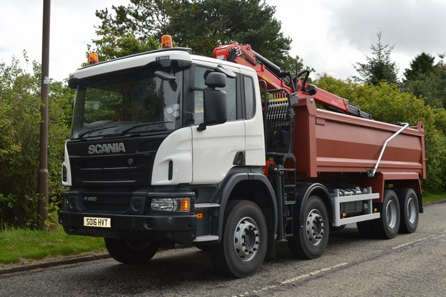 Scania Tipper Grab Ready to be Painted in your Livery